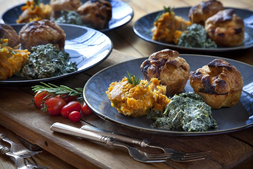 Hearty Roast Chicken Pot Pies (4 pcs)