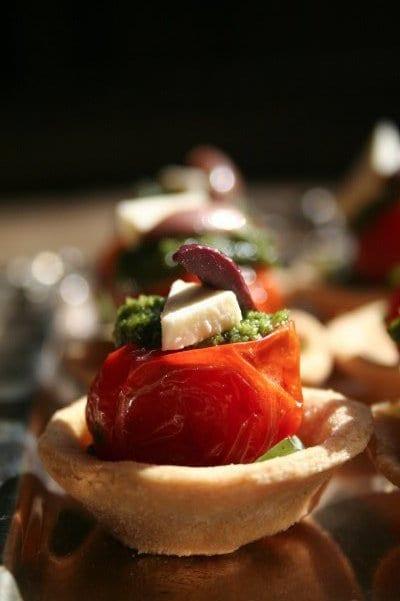 Roasted tomato with basil pesto and mozzarella Tart - DishFood